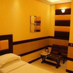 Raja Hotel 2* Номер Делюкс с различными типами кроватей фото 5