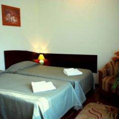 Гостиница Ньютон Стандартный номер с 2 отдельными кроватями фото 2