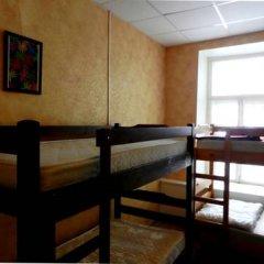 ZaZaZoo Hostel Стандартный семейный номер с разными типами кроватей фото 2