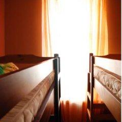 ZaZaZoo Hostel Кровать в общем номере с двухъярусными кроватями фото 3