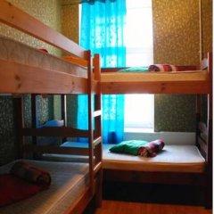ZaZaZoo Hostel Стандартный семейный номер с разными типами кроватей