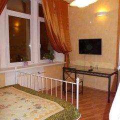 Мини-Отель Шаманка Улучшенный номер двуспальная кровать фото 9
