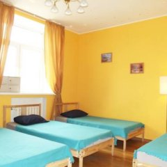 Хостел Artist на Бауманской Кровать в мужском общем номере двухъярусные кровати фото 6