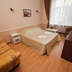 Gorkoff at Ostozhenka Hotel 2* Стандартный семейный номер с двуспальной кроватью фото 3
