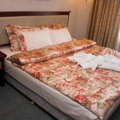 Гостиница Командор Люкс с двуспальной кроватью