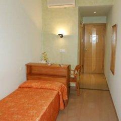 Hotel Fonda Neus Стандартный номер с различными типами кроватей фото 4