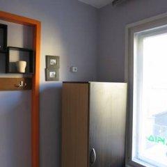 Отель Trakia Bed & Breakfast 2* Стандартный номер с различными типами кроватей (общая ванная комната) фото 9