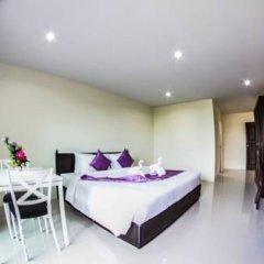 Отель Meesuk Place Номер Делюкс с двуспальной кроватью фото 5
