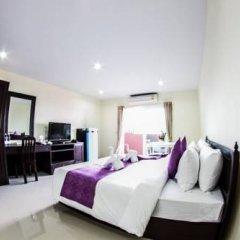 Отель Meesuk Place Улучшенный номер с двуспальной кроватью