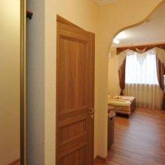Гостиница Crown 2* Стандартный номер разные типы кроватей