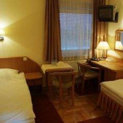 Hotel Bielany 3* Стандартный номер с двуспальной кроватью