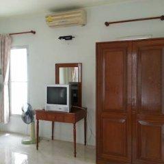 Отель Phuket Garden Home Стандартный номер с двуспальной кроватью фото 12