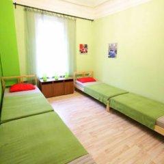 Гостиница Artist on Krasnye Vorota Стандартный семейный номер с двуспальной кроватью