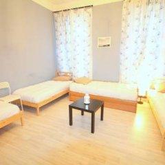 Гостиница Artist on Krasnye Vorota Кровать в общем номере с двухъярусной кроватью