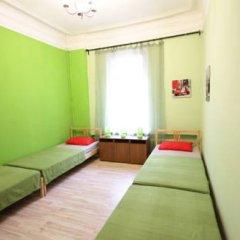 Гостиница Artist on Krasnye Vorota Стандартный семейный номер с двуспальной кроватью фото 4