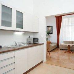 Апартаменты Apartment house Anenská Апартаменты с различными типами кроватей фото 10