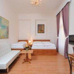 Апартаменты Apartment house Anenská Апартаменты с различными типами кроватей фото 2