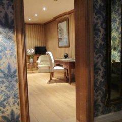 Отель BrusselsSuite Люкс с различными типами кроватей фото 5