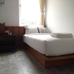 Отель Baan Dinso @ Ratchadamnoen 2* Стандартный номер фото 2