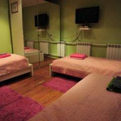 Hostel Golyanovo Кровать в женском общем номере с двухъярусной кроватью