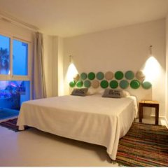 Отель Santos Ibiza Suites Полулюкс с различными типами кроватей фото 11