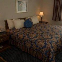Отель Charter Inn and Suites 2* Номер Делюкс с различными типами кроватей фото 2