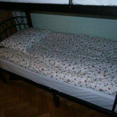 Hostel Stary Zamok Кровать в общем номере с двухъярусными кроватями фото 6
