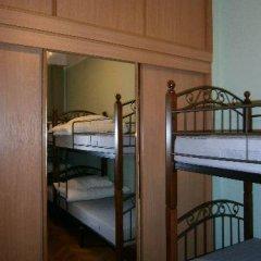 Hostel Stary Zamok Кровать в общем номере с двухъярусными кроватями фото 7
