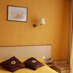 Отель Hôtel Paris Voltaire 2* Стандартный номер с различными типами кроватей фото 2