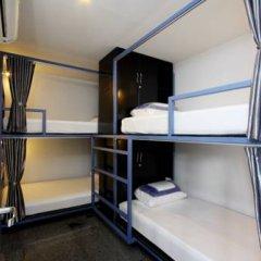 Отель Sino Backpacker Кровать в общем номере фото 4