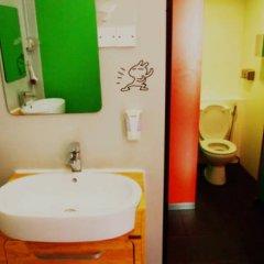 Woke Home Capsule Hostel Кровать в общем номере с двухъярусной кроватью фото 4