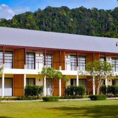 Отель Twin Lotus Koh Lanta 4* Номер Делюкс с различными типами кроватей фото 5