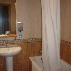 Отель Pensión Avantiss Стандартный номер с различными типами кроватей фото 5
