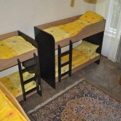 Хостел Комфорт Кровать в общем номере с двухъярусной кроватью