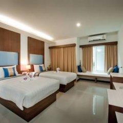 Отель Blue Sky Patong 3* Улучшенный номер с двуспальной кроватью фото 13