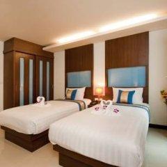 Отель Blue Sky Patong 3* Улучшенный номер с двуспальной кроватью