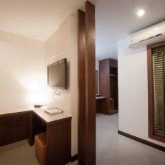 Отель Blue Sky Patong 3* Номер Делюкс с двуспальной кроватью фото 2