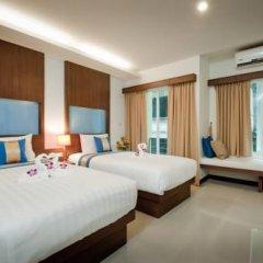 Отель Blue Sky Patong 3* Улучшенный номер с двуспальной кроватью фото 15