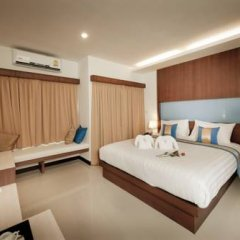 Отель Blue Sky Patong 3* Улучшенный номер с двуспальной кроватью фото 6