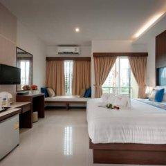 Отель Blue Sky Patong 3* Улучшенный номер с двуспальной кроватью фото 5