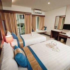 Отель Blue Sky Patong 3* Улучшенный номер с двуспальной кроватью фото 16