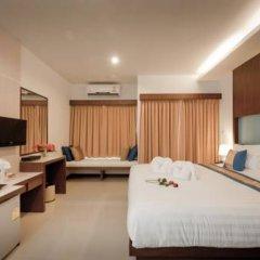 Отель Blue Sky Patong 3* Улучшенный номер с двуспальной кроватью фото 8