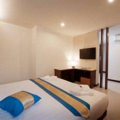 Отель Blue Sky Patong 3* Номер Делюкс с двуспальной кроватью фото 7