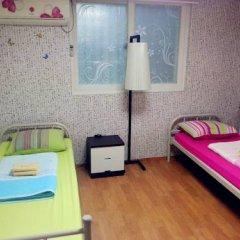 Отель Fully House Кровать в женском общем номере с двухъярусной кроватью фото 2