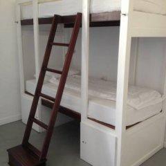 Lisbon Destination Hostel Кровать в общем номере с двухъярусной кроватью фото 3
