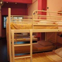 Отель Beds & Dreams Inn @ Clarke Quay 2* Кровать в общем номере с двухъярусной кроватью