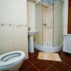 Hostel Just Lviv It! Кровать в общем номере с двухъярусной кроватью фото 4