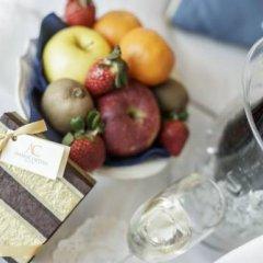 Ambra Cortina Luxury & Fashion Boutique Hotel 4* Номер Делюкс с двуспальной кроватью фото 10
