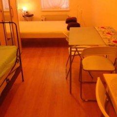Отель Pension Vienna Happymit 2* Стандартный номер с различными типами кроватей (общая ванная комната) фото 2