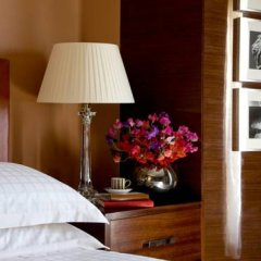 Four Seasons Hotel London at Park Lane 5* Номер Делюкс с двуспальной кроватью фото 4